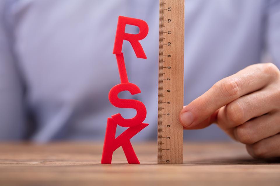مدیریت ریسک در بازار بورس و سرمایه